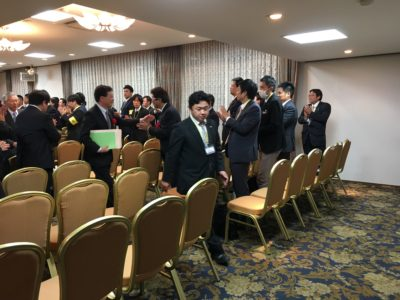来賓の皆様、お付き合い頂きありがとうございました。榊原顕太郎専務、アテンドで退席です。