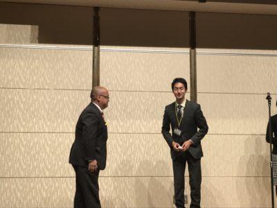森脇源太さんにバッヂが授与されました。