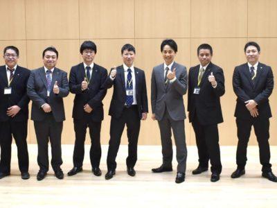 総会を設営した総務・広報委員会のメンバー