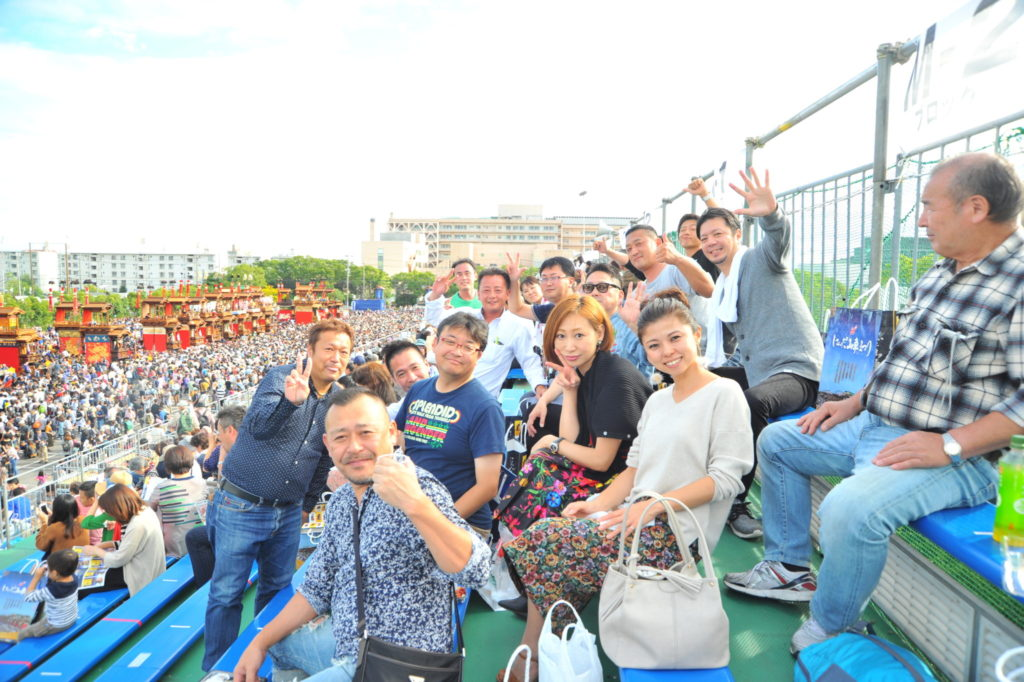 愛知県商工会議所連合会の繋がりで桟敷席に来てくださった皆様。 遠く半田の地へ、暑い暑いなかお越し下さり、本当にありがとうございました!