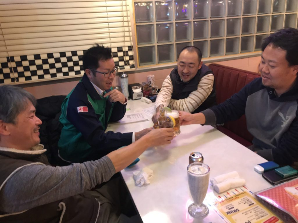 野畑さんは、シップ味のする飲み物(ノンアル)を飲んでいました。